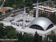 نخستین مسجد در جهان که یک زن آن را طراحی کرده است