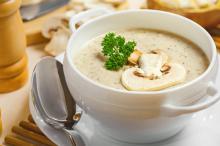 یک سوپ قارچ خوشمزه درست کنید