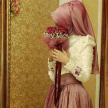 خودآرایی، جلوهگری و دلبری وظیفهای زنانه، اما مختص شوهر