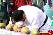 رکورد گینس,شکستن نارگیل با سر,پاکستان,shabnamha.ir,شبنم همدان,afkl ih