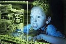 کودکان,بازی رایانه ای,فضای مجازی,کلش آف کلنز,shabnamha.ir,شبنم همدان,afkl ih